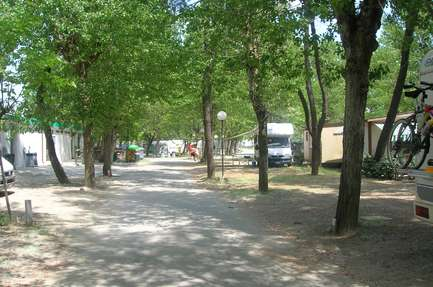 Campingplass Villaggio Pineta