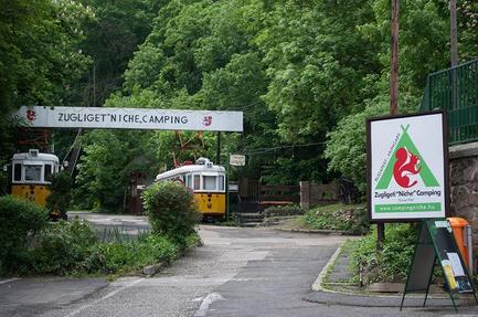 Zugligeti 'Niche' Camping
