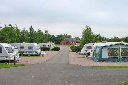 Black Horse Farm Caravan Club Site