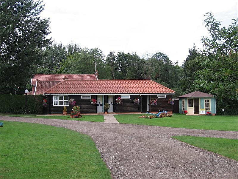 Run Cottage Touring Park