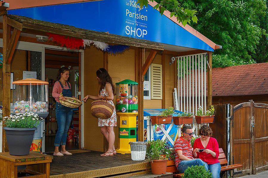 Campsite Le Village Parisien